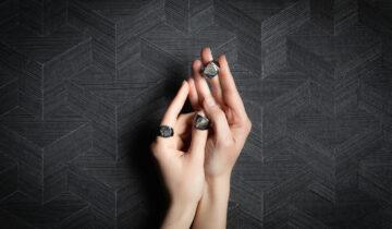 Unique Piece: Gli anelli chevalier chevalier di Pisa diamanti e Fabio Lissi